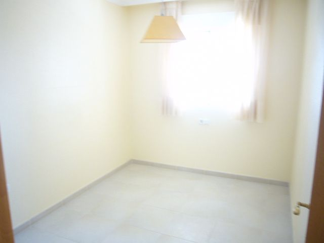 Apartamento en Venta en Alicante (Guardamar del Segura) Ref.:184 Foto 5