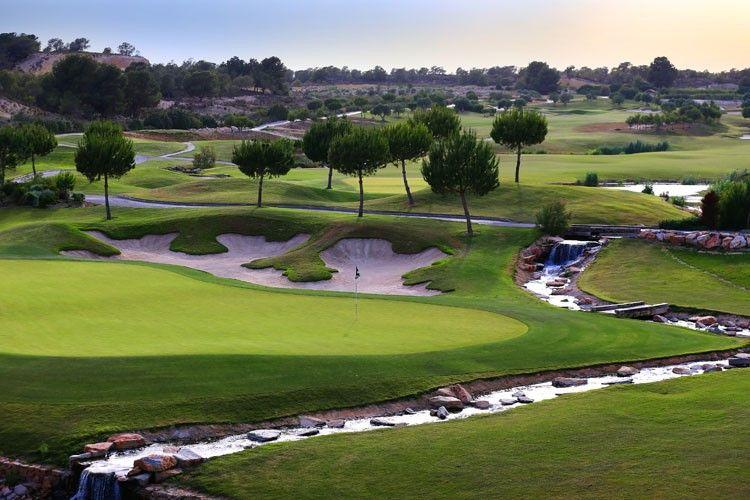 Villas golf en Venta en Alicante (Orihuela Costa) Ref.:VILLA MADRESELVA Foto 9