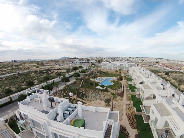 Bungalow Golf en Venta en Alicante (Montesinos) Ref.:CAPRI GOLF Foto 14