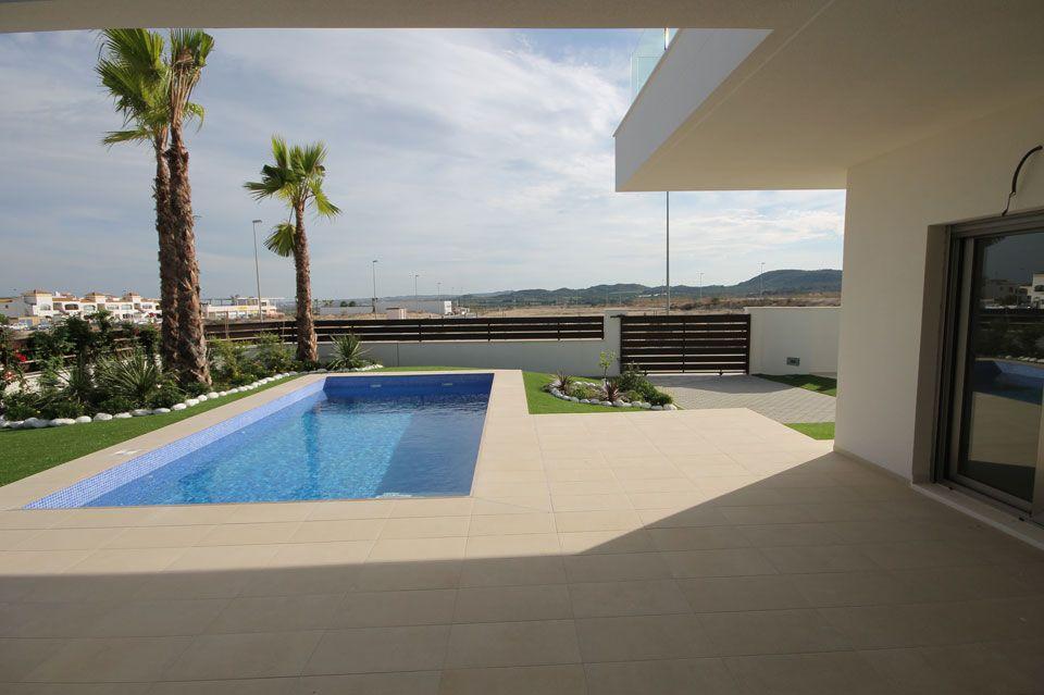 Villas golf en Venta en Alicante (Montesinos) Ref.:DOMINICA GOLF Foto 2