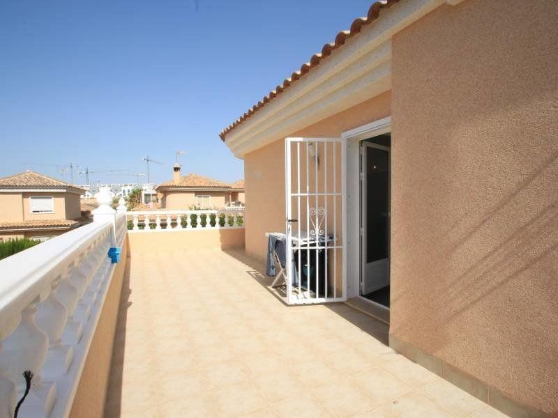 Villa en Venta en Alicante (Torrevieja) Ref.:S132 Foto 8
