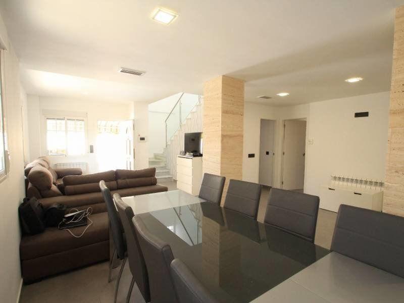 Villa en Venta en Alicante (Torrevieja) Ref.:S132 Foto 3